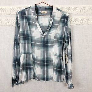 Altar'd State Gray Ruffle Hem Flannel Pullover NWT